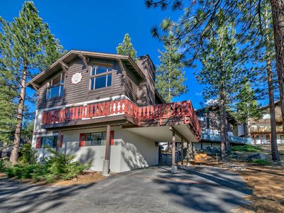 Photo for 4 Bedroom Tahoe Tyrol home, close to Heavenly & Lake