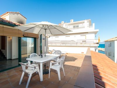 Photo for Costabravaforrent Farina 3 4 attic apartment, 50m from the beach