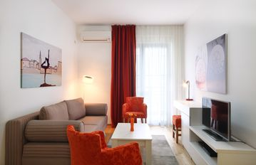 Coral  - One bedroom app Near the Old Town