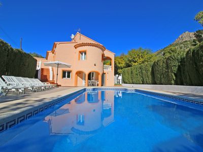 Photo for villa Maria with private pool, parking, A/C, BBQ and wifi