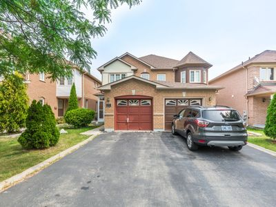 Photo for 3BR House Vacation Rental in Brampton, ON