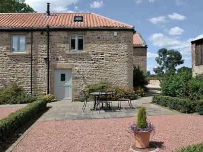 Photo for 1 bedroom property in Bedale. Pet friendly.