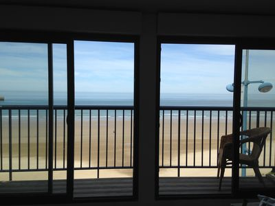 Photo for Duplex, beachfront 2 bedrooms, 4/5 Pers, Wifi Phone 0648617072