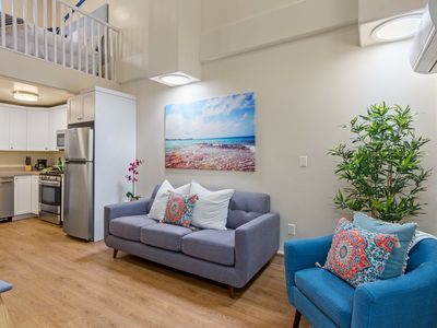 Across the Street from the Beach 1 Bed Accessory Unit Loft Pe-1724L