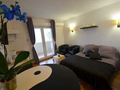 Photo for Studio sea view with swimming pool and kitchenette