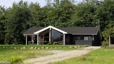 Photo for Well maintained holiday home with whirlpool, sauna and woodburning stove as well as Wi-Fi