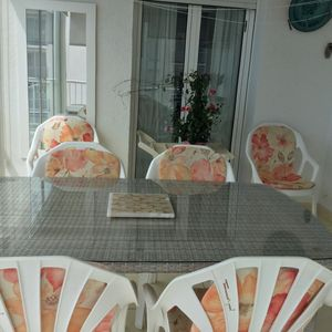Photo for apartment for 6 people seafront with parking