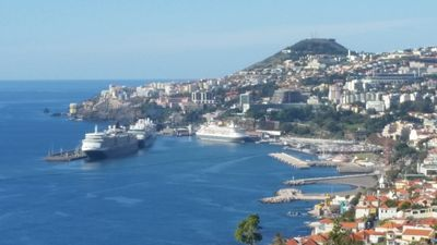 Photo for Villa do Pasto Sea view with pool in Funchal