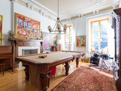 Photo for West 22nd Townhouse by onefinestay