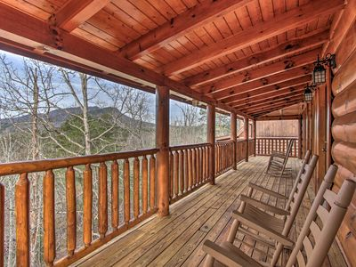 Photo for NEW-Sevierville Cabin w/Prvt Hot Tub & Pool Access