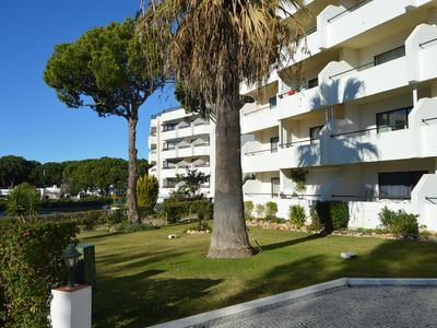 Photo for Spacious 2 bedroom apartment on a mature and quiet development with pool