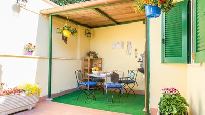 Photo for Apartment with garden a few steps from the metro, train and Vatican Museums