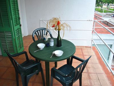 Photo for Functional and cheap rental apartment in the Costa Brava with free parking