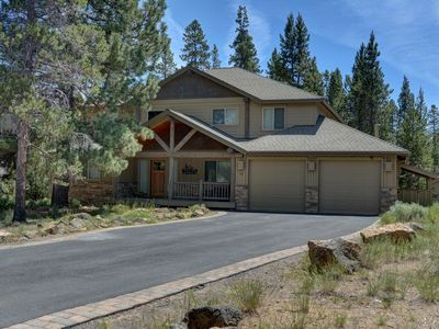 Photo for Premier Luxury Home: 7 BR/8 BA/Hot Tub/Rec Room/Free Nights!