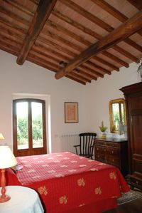 Photo for Beautiful Villa Apartment With Sole Use Of Pool. Mirabella Lake Trasimeno