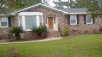 Photo for Charleston home 3br close to everywhere beautiful safe and clean