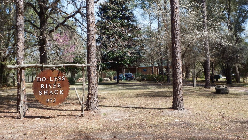 Suwannee River Vacation Rental 'Do Less' River House On