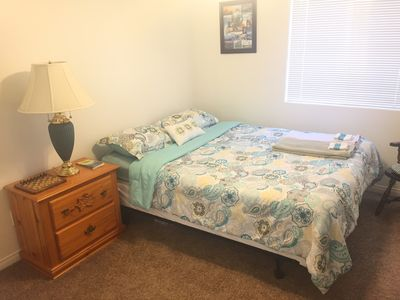 Clean Crisp Room for Stay