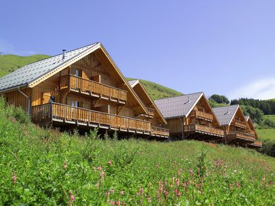 Photo for Traditional chalets with 2 or 4 apartments.