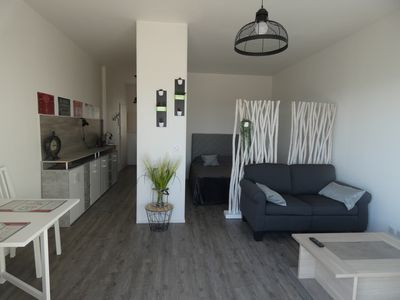 Photo for Flat 35m ² calm and seen on sea!