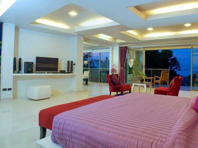 Photo for Yupa Penthouse 12 Bedrooms with Sea View