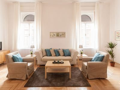 Photo for Beautiful, Bright And Spacious 4 Bedroom Apartment With 2 Bathrooms.
