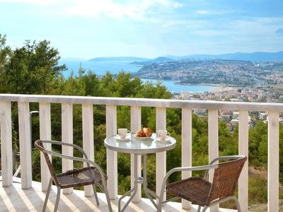 Photo for Three bedroom apartment with terrace and sea view Podstrana (Split)