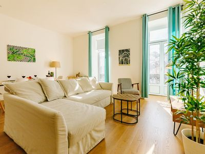 Photo for THE VIEW! 2 BDR APT IN RESTAUDORES SQ - Apartment for 6 people in Lisboa ciudad