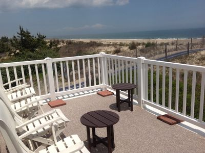 Photo for Charming OCEANFRONT cottage in Fenwick Island, DE