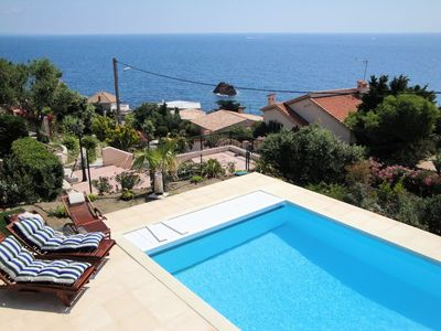 Photo for Villa for 8 people, sea view, pool, wireless internet