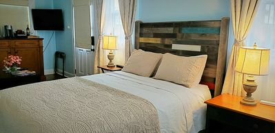 Photo for Freret Street Suite - Your Private Weekend Retreat (Mother-in-law suite)