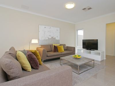 Photo for ANASTASIA VILLA CLOSE TO FREMANTLE