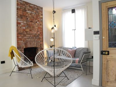 Photo for Stunning Home In East London Location