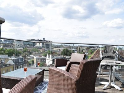 Photo for 2 Bedroom Flat With Amazing London Views