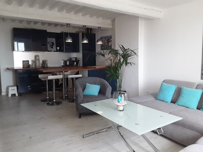 Photo for Beautiful apartment with loggia and open sea view