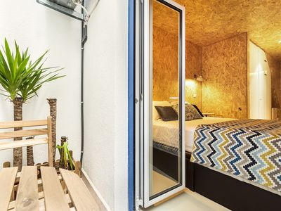 Photo for Endearing 1-bedroom in Lapa, with small veranda