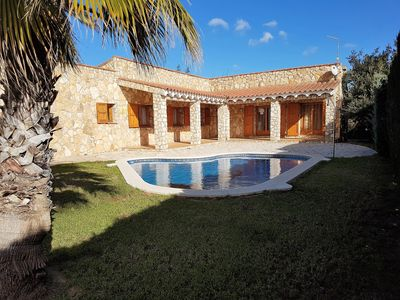 Photo for Detached villa for 8 persons, ith private pool, wireless internet