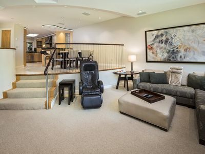 Photo for A vacation townhome rental surrounded by everything you came to Vail for. And the chef in your famil