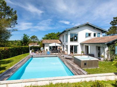 Photo for Larrondoa - Stunning house, 15mn from the beach - Swimming pool - Jacuzzi