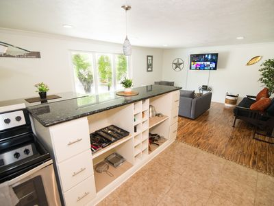 Photo for Beautiful Apartment In The Heart Of Everything