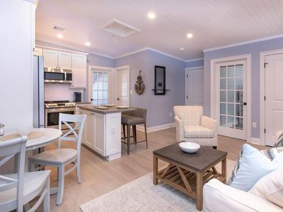 Photo for Chic Coastal-Style Condo In Edgartown