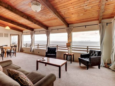 Photo for Charming waterfront home w/ a furnished deck & beach access