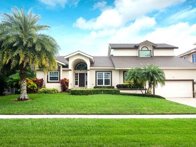 Photo for MARIANA COURT - Luxurious 5 Bedroom on Wide Water w/ Lots of Amenities!