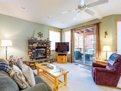 Photo for Comfy condo w/ shared pool, hot tub, tennis & more - close to golf, ski & lake!