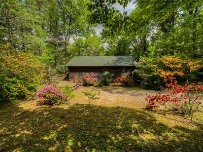 Photo for Secluded nook in the woods, minutes from Downtown Blue Ridge WiFi/TV's