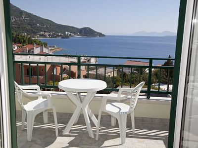 Photo for Two bedroom apartment with terrace and sea view Igrane (Makarska)
