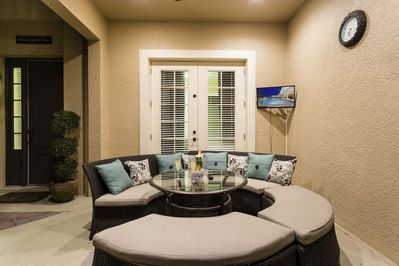 Enjoy your private Lanai in the day time with your family
