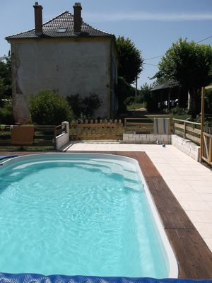 Photo for Charming cottage 2/5 Pers. with pool in the Perigord Vert.