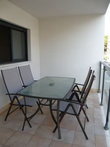 Photo for Central apartment with pool, beach 4 minutes walk