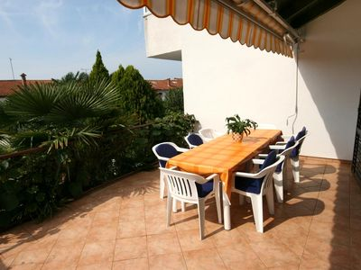 Photo for Three bedroom apartment with terrace Rovinj (A-2288-b)